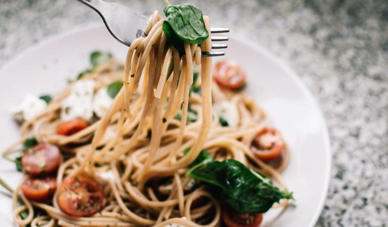 Jídlo v krabičce ušetří čas, pohlídá vyvážený jídelníček a pomůže s redukcí váhy